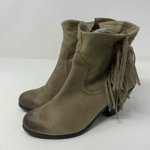 Sam Edelman Louie heeled booties size 8.5M